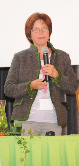 Podiumsdiskussion Dr. Madeline Melichart-Kotic